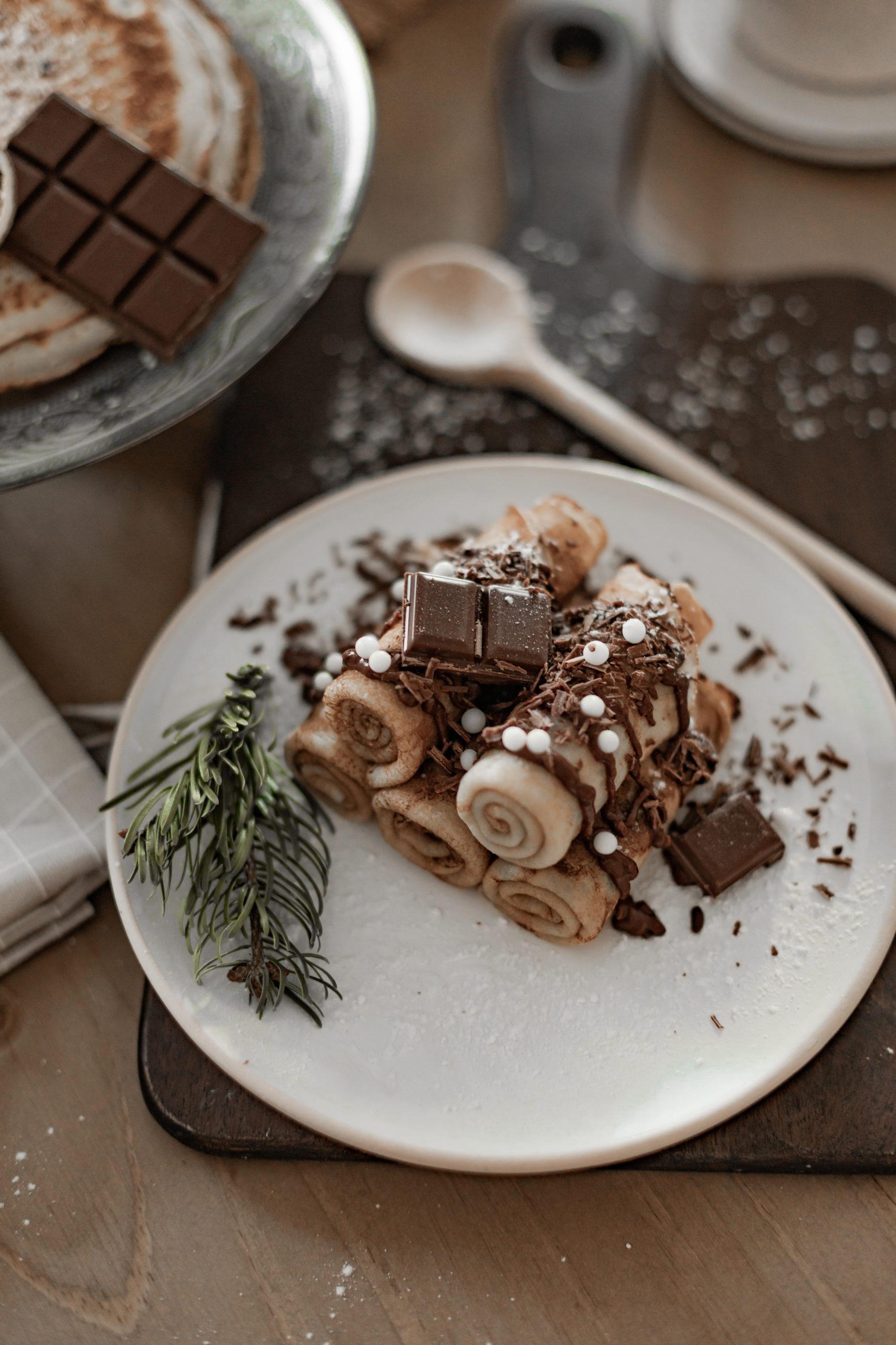 Crêpes maison au chocolat fondu